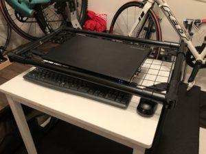 PC台にテーブルイン