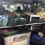 キャンプ道具をプラドに積んだ